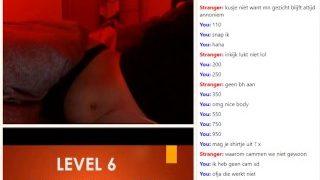 Nederlands meisje doet bijna alles op de cam voor slechts 15 euro