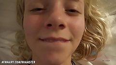 Super lekkere blonde, Riley Star laat zich stevig neuken in POV
